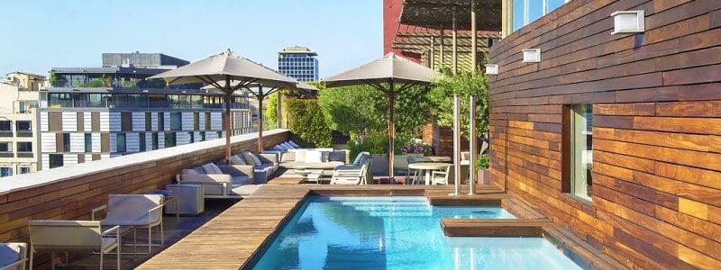 Hotel Omm Barselonos viešbutis su nuostabia terasa