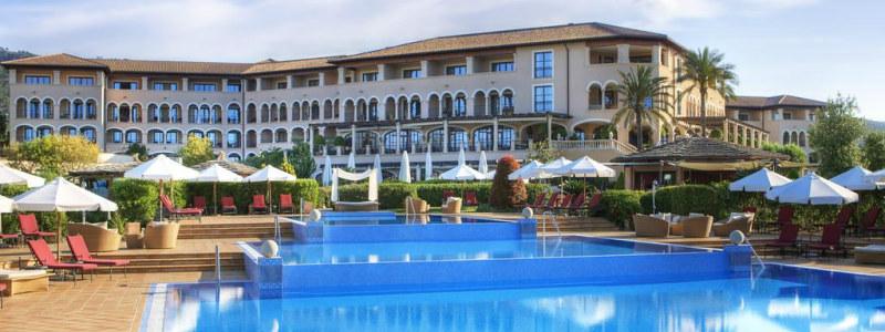 Prabangus viešbutis St. Regis Mardavall Mallorca