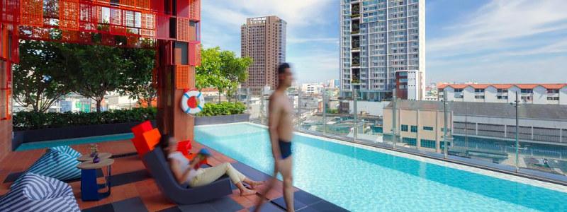 stogo baseinas ibis Styles Bangkok Sukhumvit
