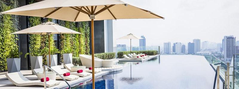AVANI Riverside Bangkok Hotel baseinas