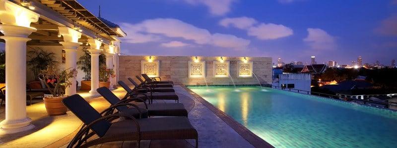 Chillax Resort viešbučio baseinas ant stogo Bankoke