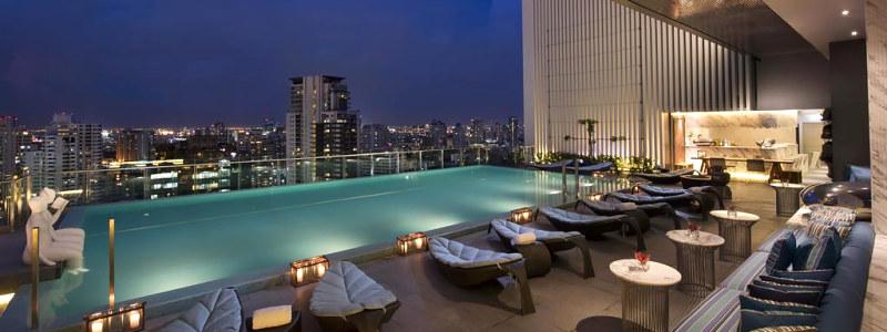 Hilton Sukhumvit Bangkok stogo baseinas