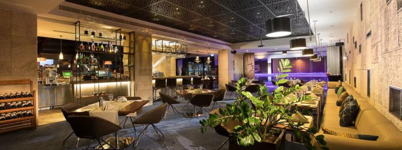 Senamiestyje įsikūręs Hilton viešbutis